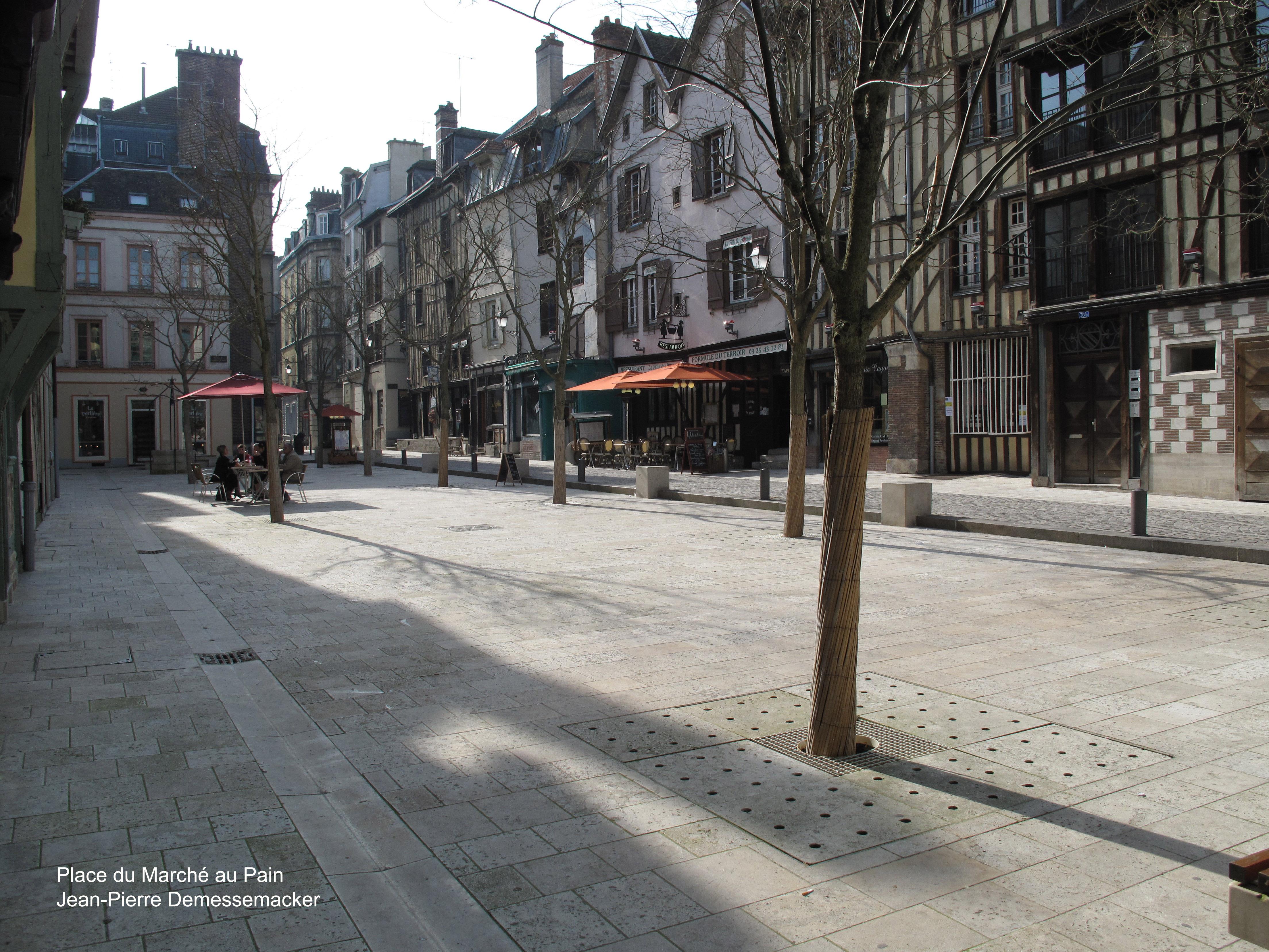 Marché-au-Pain-2009-03-21-N02