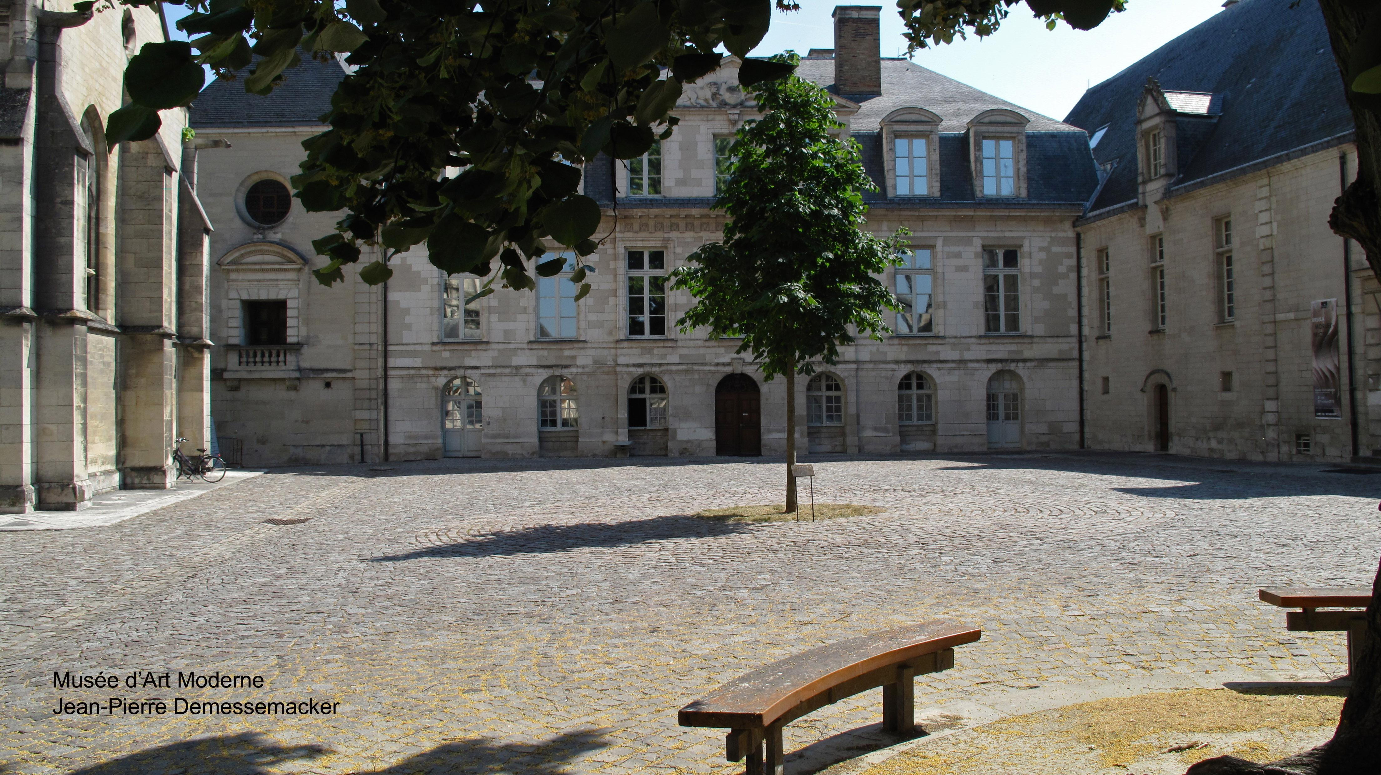 Musée-d'Art-Moderne_2013_07_21_1406
